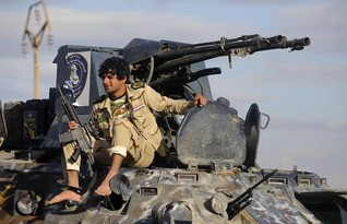 Advancing Iraq troops enter strategic town on edge of Tikrit