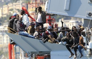 Shocked by drowned migrants, Europe restores rescue mission