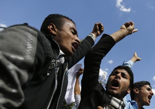 Five killed in clashes between Houthis, Sunnis in Yemen capital