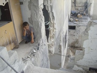 Russian strikes put Syrian rebel enclave in firing line