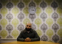 Many British Muslims find tug of peace stronger than pull of war