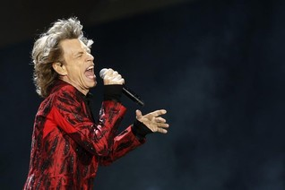 Rolling Stones' Jagger, Wood record Nepal quake charity single