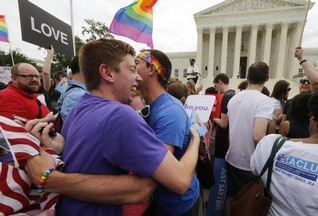 U.S. Supreme Court's landmark ruling legalizes gay marriage nationwide