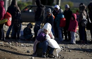 EU hopes for Turkish help to slow migrants at summit
