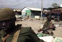 South Sudanese pack Malakal UN base, need water, latrines