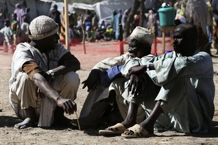 Niger lifts refugee camp ban as record numbers flee Boko Haram