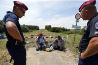 UN refugee agency urges Hungary not to tighten asylum rules
