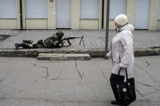 Ukrainian rebels expel foreign aid group IRC