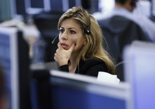 Pay gap narrowed for EU women during financial crisis