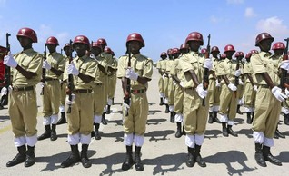Somalia's al Shabaab injures police in Mogadishu car bomb