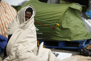 Dream of better life in Britain fuels Calais migrant chaos