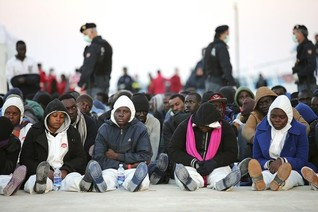 Smuggling gangs treat African migrants more harshly than Syrians
