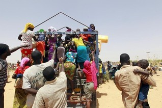 Nigerians fleeing Lake Chad in Niger say some have died from lack of food, water