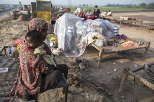 Pakistan's women worst prepared in region for natural disasters - NGO