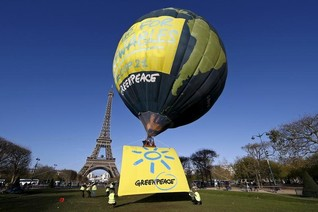 Nations pledge climate action, obstacles remain to summit - France