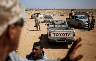 Air strikes near Tripoli as UN peace talks on Libya resume