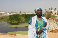 Dakar women grow herb business from floodwater