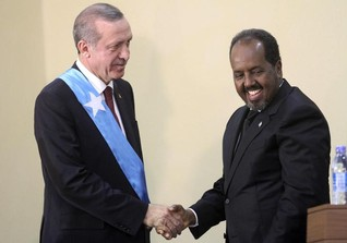 Turkish president visits Somalia under tight security
