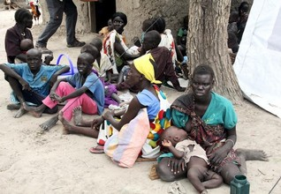 Fighting continues near major S.Sudan oilfield, U.N. asks for halt