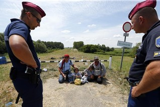 Hungary to start building Serbian border fence within weeks