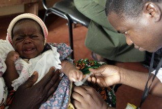 World's first malaria vaccine moves closer to use in Africa