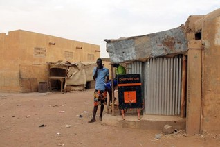 Fighting in northern Mali forces tens of thousands to flee - UN