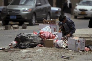Half Yemeni population is going hungry as violence worsens - WFP