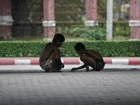 Domestic abuse and poverty drive kids into Bangkok streets