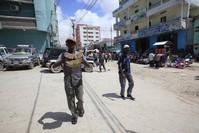 Somalis win UK court reprieve on Barclays money transfers