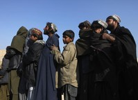 Thousands of Afghans face cold, hungry winter without aid