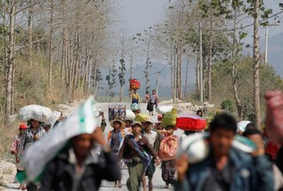 "China asks Myanmar to ""lower temperature"" on border"