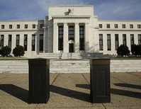 Percentage of Fed Board women economists tracks U.S. average