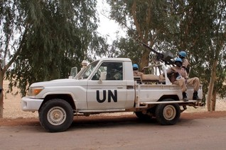 Blast wounds 3 peacekeepers in U.N. Mali commander's convoy
