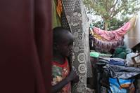 Fear of attack stops S. Sudanese going home despite truce