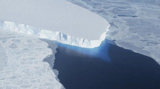 Antarctic glaciers once thought stable now thawing fast - study