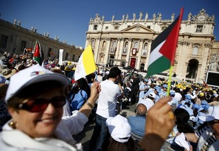 "Vatican signs first treaty with ""State of Palestine""; Israel angered"
