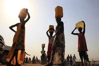 Hunger looms in South Sudan; food looted, harvest disrupted