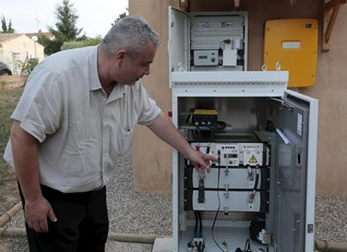 French renewables power grid pilot shows limits of batteries in Europe