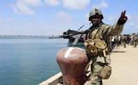 Somalia wants to expel Islamist rebels from bases in 2014