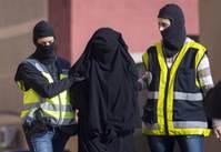 Western women joining Islamic State defy